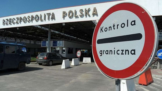 Українців попередили про черги на кордоні через «тихий страйк» польських митників