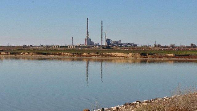 Російські окупанти заявили, що титановий завод у Криму зупинив виробництво