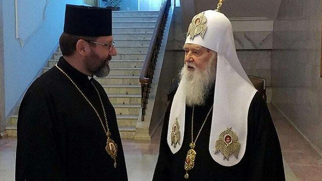Голови УГКЦ та УПЦ (КП) закликали перенести хрести з єврейського цвинтаря у Самборі