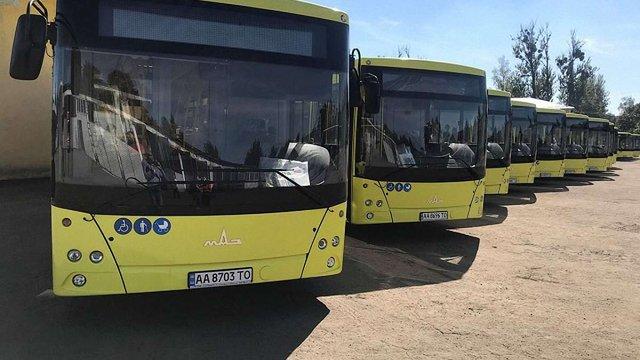 У Львові готують до виїзду на маршрути першу партію білоруських автобусів