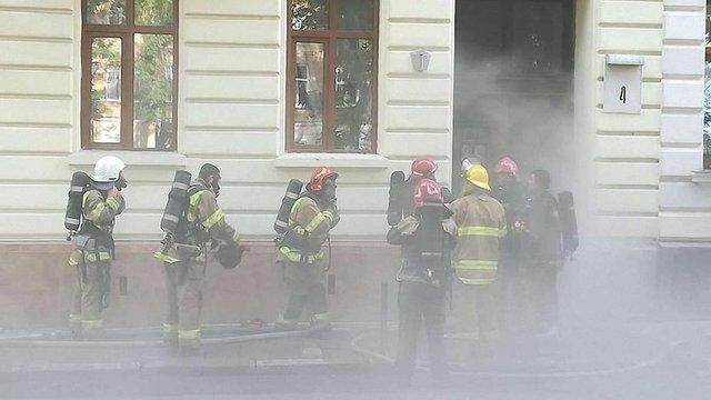 Внаслідок пожежі у квартирі в центрі Львова постраждав чоловік