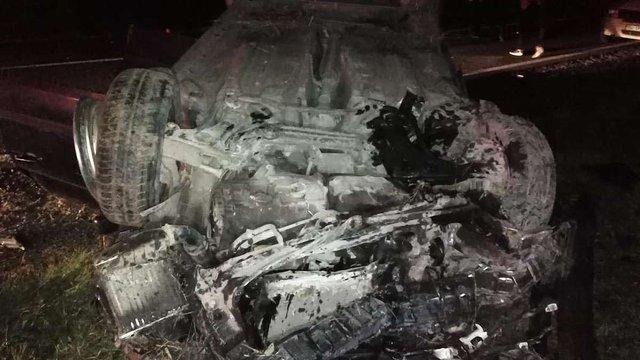 У Кам'янка-Бузькому районі автомобіль перекинувся у кювет, травмувалися п'ятеро людей