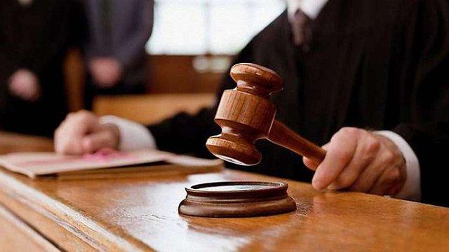 Суд у Польщі призупинив справу проти працедавця, який не допоміг українці з інсультом