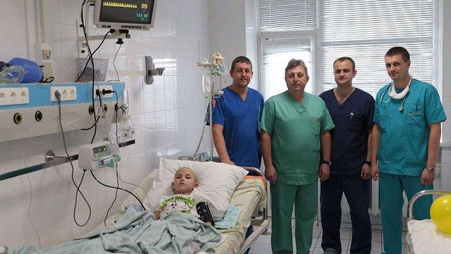 У Львові збирають гроші на обладнання для порятунку онкохворих дітей