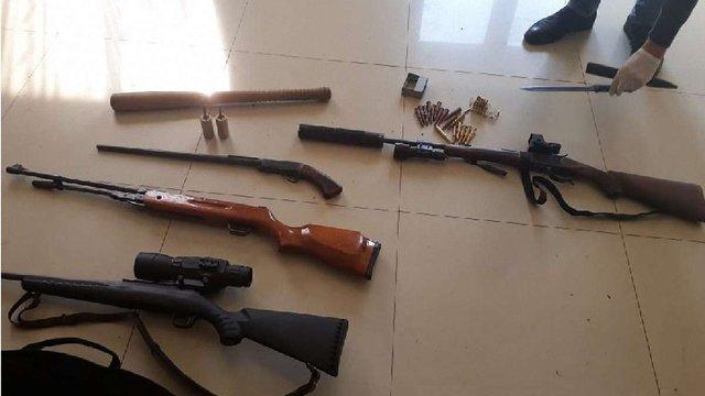 У мешканця Львівщини правоохоронці знайшли незаконний арсенал зброї