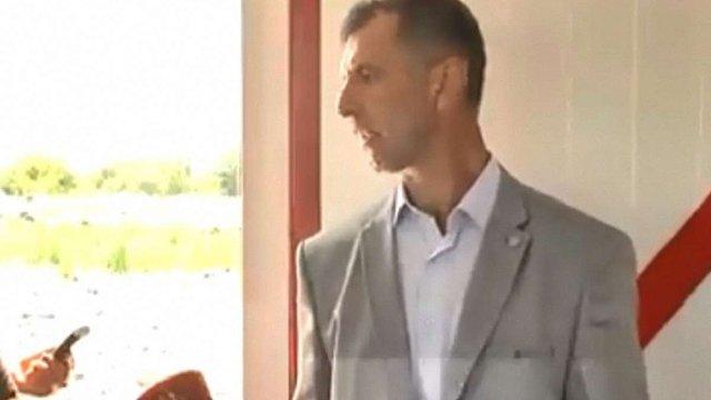 У Самборі затримали начальника комунального підприємства з вивозу сміття
