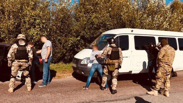На Чернігівщині поліція затримала сімох кримінальних авторитетів