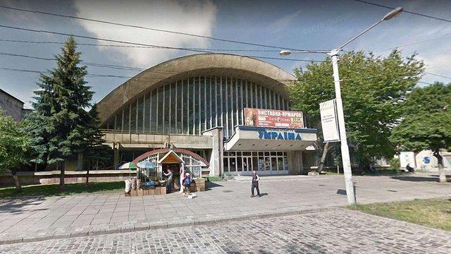 Депутати ЛМР підтримали петицію щодо реконструкції палацу спорту «Україна»