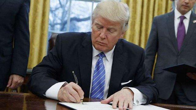Трамп підписав указ про посилення режиму санкцій проти РФ
