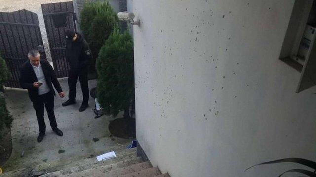 Депутатці Виноградівської міськради кинули у двір гранату