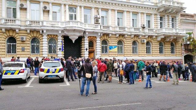 В Одесі 200 людей вимагали відставки керівника обласної поліції після замаху на активіста