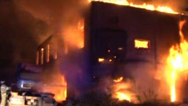 У Львові вночі горіли дві закинуті будівлі
