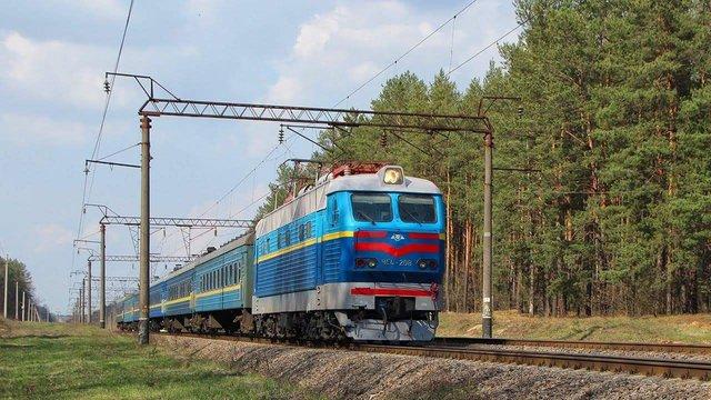 Провідниця потяга Ковель-Москва на ходу виштовхала пасажира з електронним квитком
