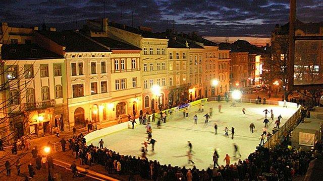 На площі Ринок у Львові чотири місяці працюватиме ковзанка