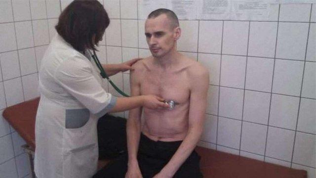 Олег Сенцов припинив голодування