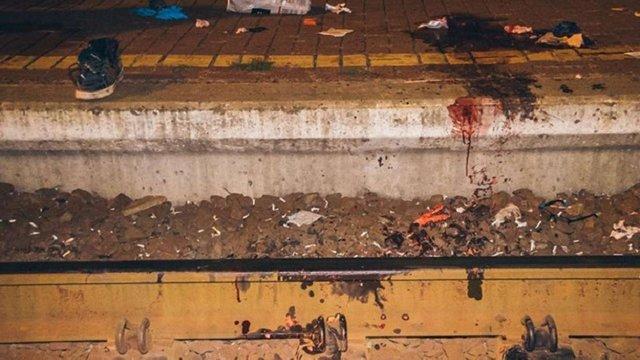 На залізничному вокзалі у Києві поїзд відрізав ногу громадянину Єгипту