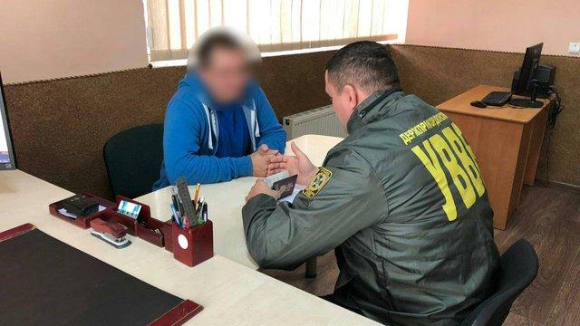 У «Краківці» затримали двох чоловіків, яких розшукувала поліція