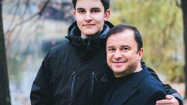 Співак Віктор Павлік збирає гроші на лікування онкохворого сина