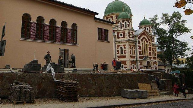 У Львові завершується ремонт Будинку воїна. Перші фото
