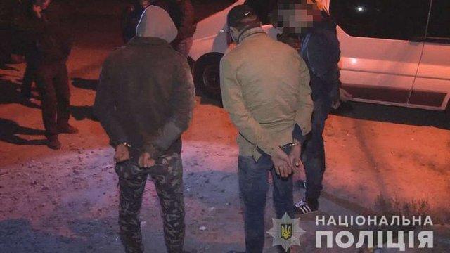 В Одесі викрили злочинну групу, члени якої видавали себе за поліцейських