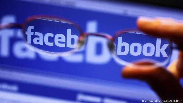 Facebook уперше заблокував російські акаунти за збір особистих даних