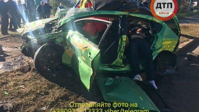 Внаслідок зіткнення двох автомобілів у Києві загинули двоє дівчат