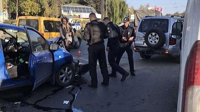 П'яна водійка у Чернівцях потрапила в аварію під час прямої трансляції в Instagram