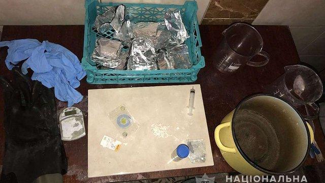 35-річний дрогобичанин у домашній нарколабораторії виготовляв амфетамін