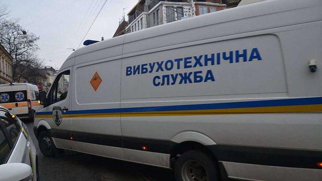 З 10 готелів і фітнес-центрів у Львові евакуйовують людей через повідомлення про замінування