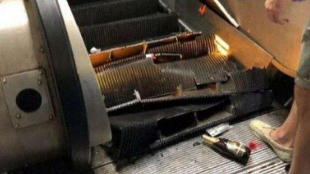 Десятки російських уболівальників постраждали внаслідок обвалу ескалатора у римському метро