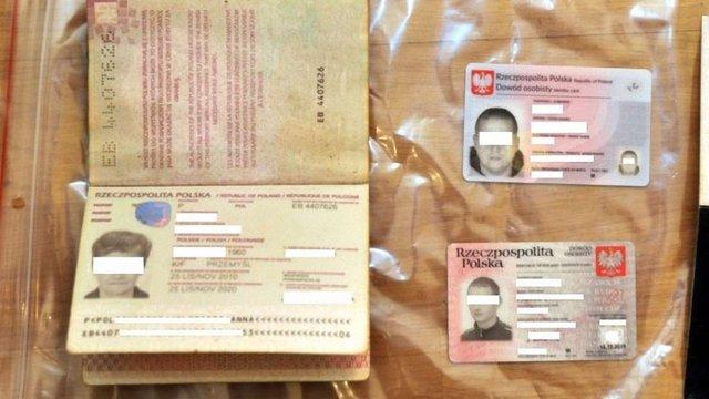 У Польщі злочинна група переправляла українців до Британії за підробленими документами