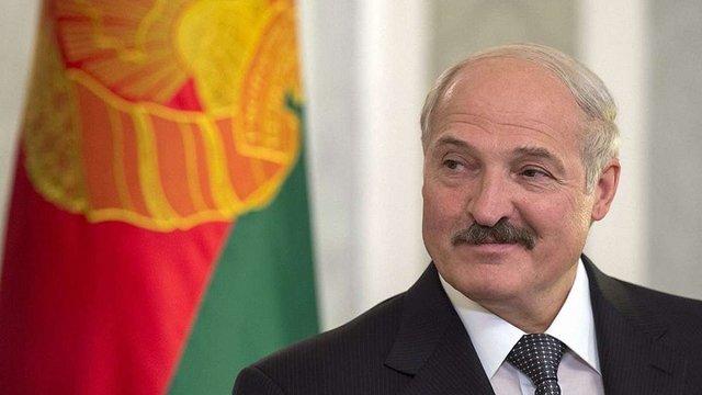 Лукашенко запропонував Україні допомогу в припиненні «братовбивчої» війни на Донбасі