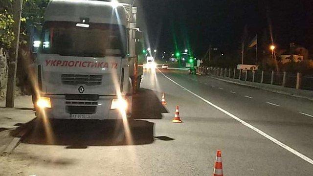 Поліція розшукує винуватця смертельного наїзду на водія фури біля Львова