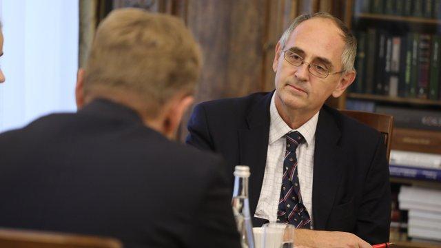 Україна впоралася з викликами, які збили б з ніг будь-яку іншу країну, - експерт