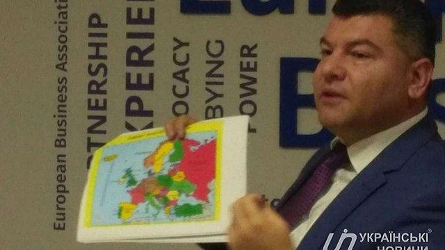 Очільник Укртрансбезпеки на публічному заході показав мапу з «російським» Кримом