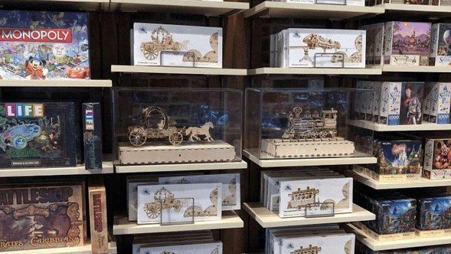 У магазинах Disney почали продавати дерев'яні 3D-конструктори української компанії