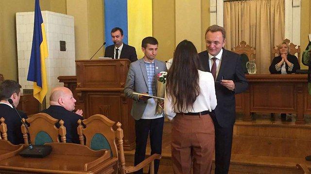 Львівські дослідники ЗУНР отримали по 25 тис. грн та спеціальні відзнаки