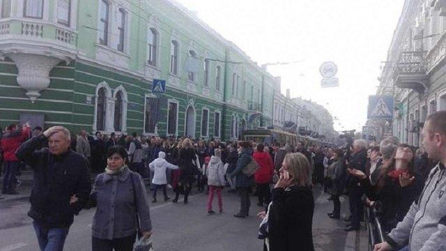 Мешканці Тернополя блокували центральні вулиці міста через подорожчання проїзду в транспорті