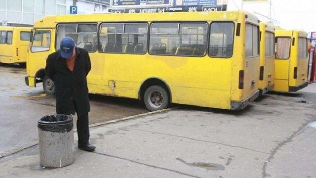 Підвищення тарифів на громадський транспорт у Тернополі скасували після протестів