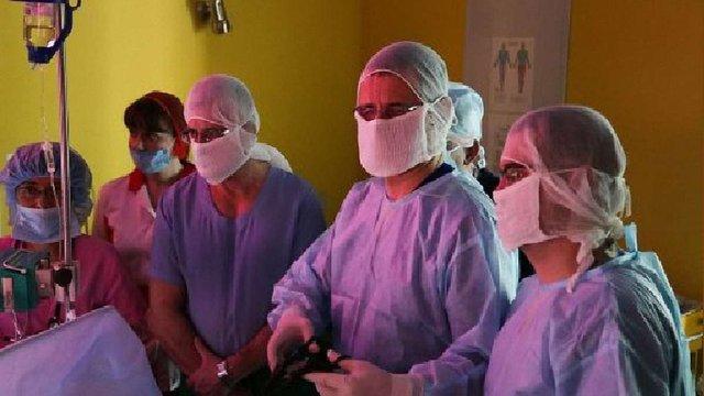 У Львові два дні проводитимуть майстер-клас дитячі хірурги зі світовим ім'ям