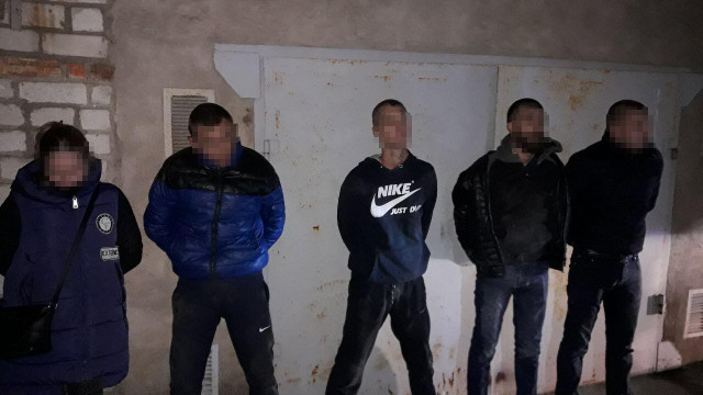 У Миколаєві затримали п'ятьох зловмисників, які підірвали  банкомат і забрали гроші