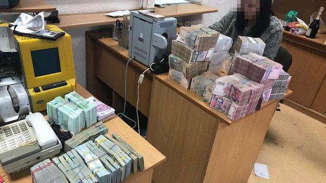 В Одесі викрили зловмисників, які відмивали гроші через російські фірми