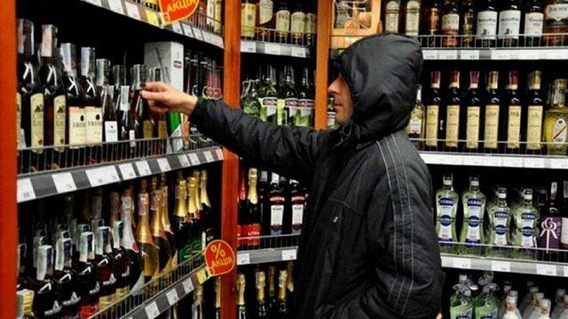 У Львові через заборону продажу алкоголю вночі поменшало злочинів, зроблених напідпитку
