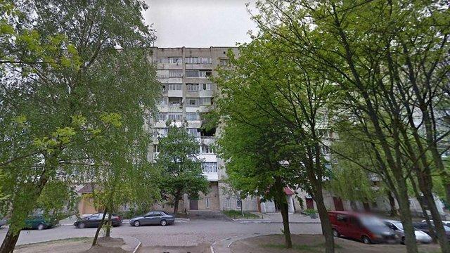 Через вибух газового котла з під'їзду багатоповерхівки у Новояворівську евакуювали десятки людей