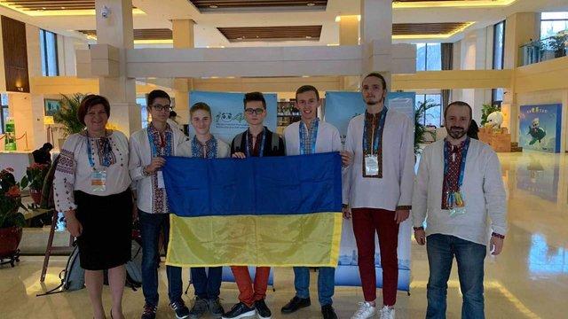 Двоє львівських ліцеїстів отримали нагороди на Міжнародній олімпіаді з астрономії в Китаї
