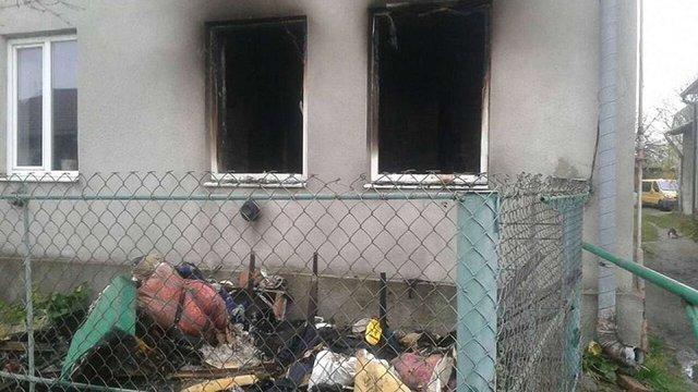 У Жовкві під час пожежі в житловому будинку врятували 82-літню жінку