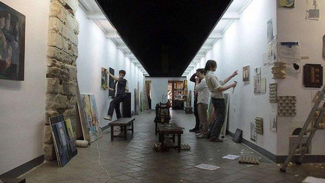 Галерею львівського мистецького центру «Дзиґа»закрили на ремонт