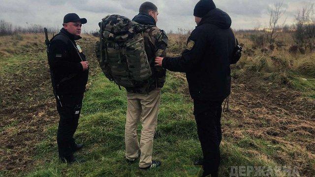 Для економії коштів француз вирішив нелегально перетнути кордон на Львівщині