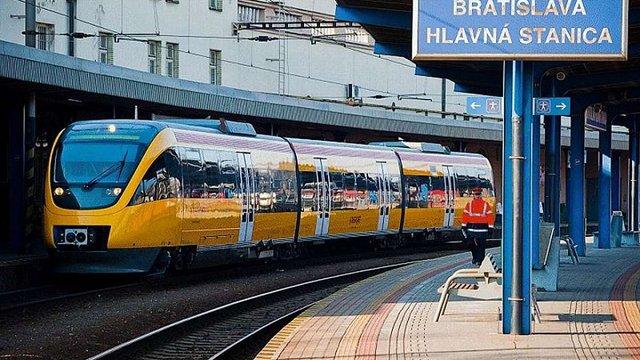 Міністерство інфрастуктури планує запустити швидкісний потяг з Мукачева до Словаччини