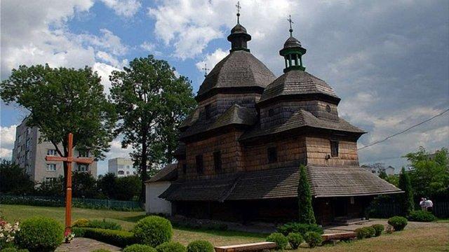 У Жовкві відреставрують 300-річний храм за майже 4 млн грн